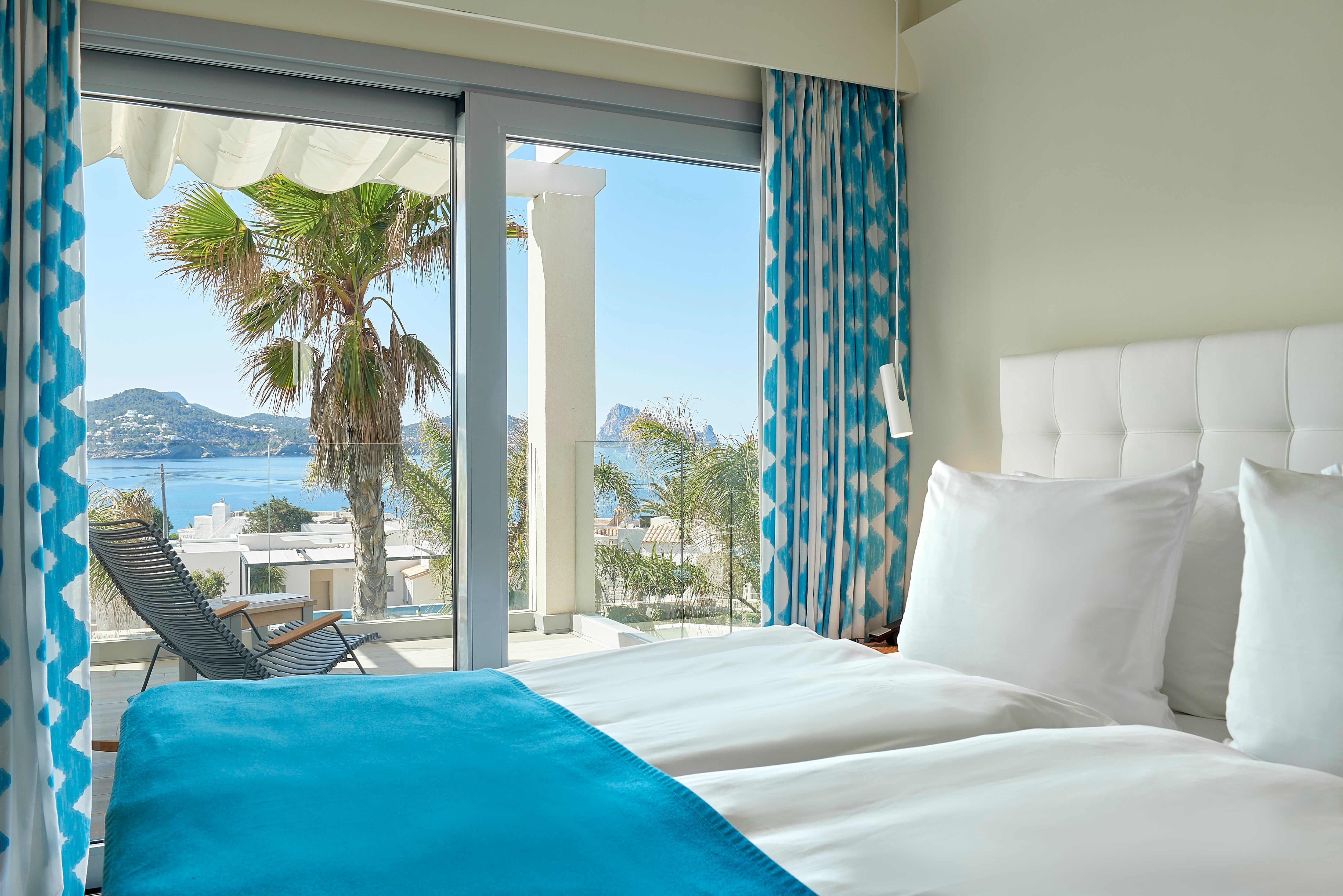7KIBZ1_Laguna-Suite-Sea-View-2-Bedrooms_H_(1)