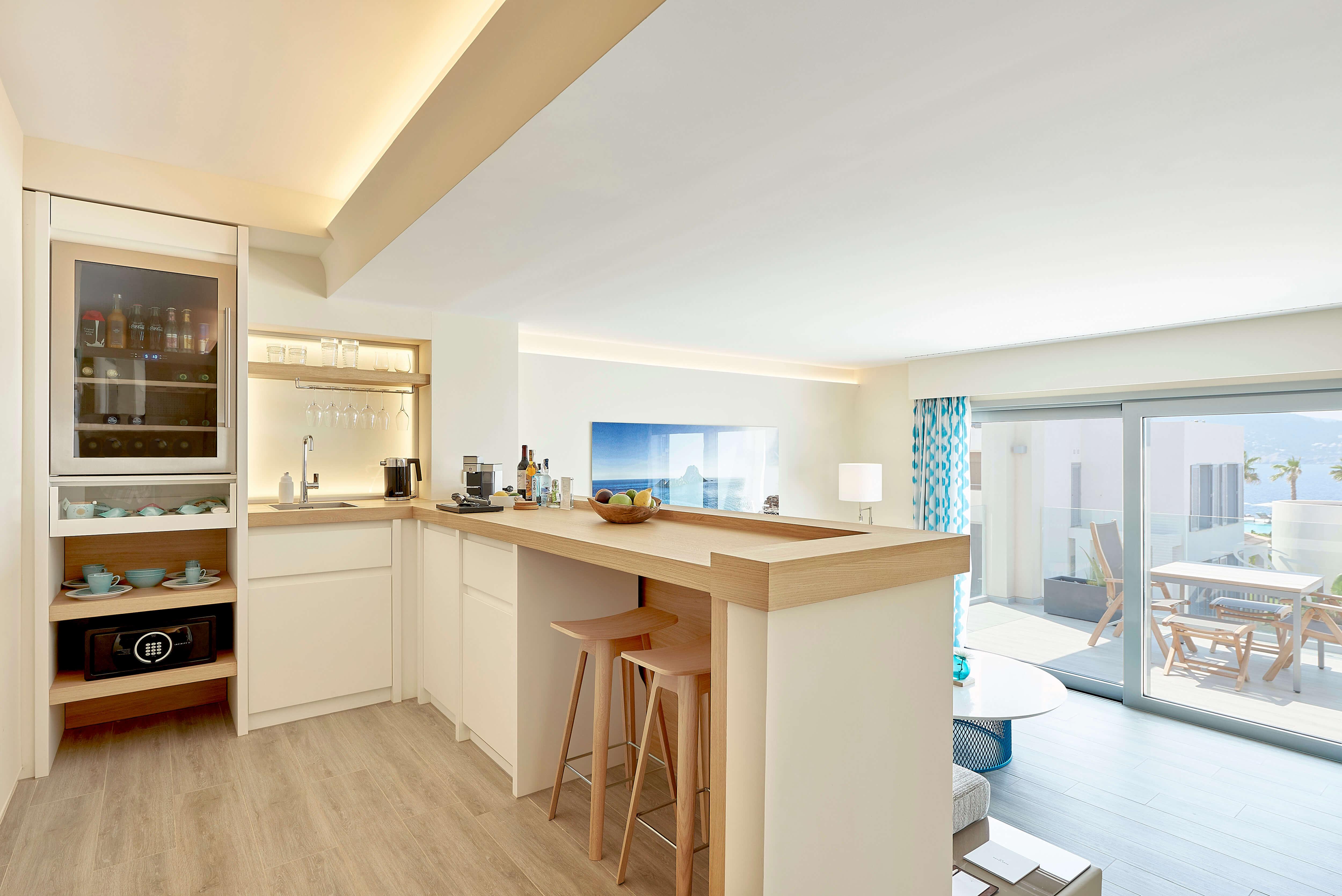 7KIBZ1_Resort-Suite-Sea-View_10_H